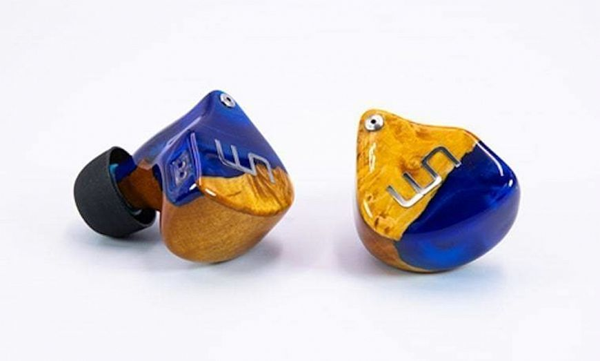 Unique Melody 3D Terminator - in-ear headphones in wooden cases