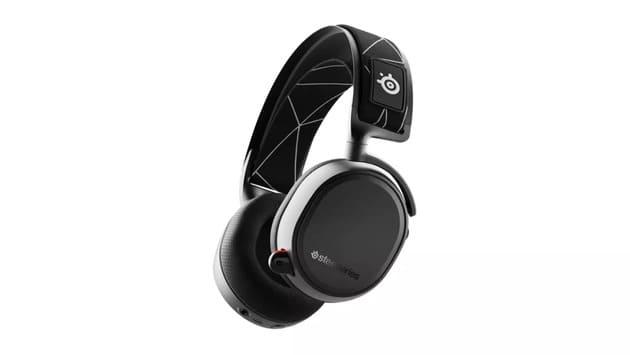 Best Headset - SteelSeries Arctis 9 Wireless