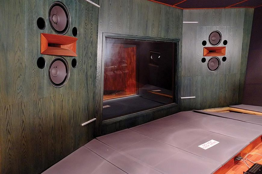 Active or passive acoustics. How do they differ and which one to choose