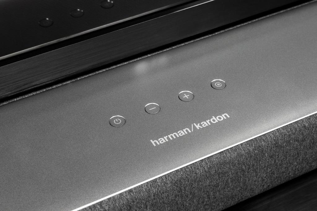 Harman Kardon Enchant 1300 lifestyle 3.jpg