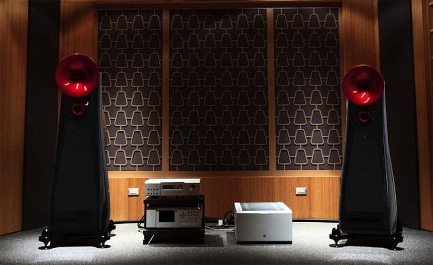 SeaWave Acoustics AM45 - Floorstanding flagships with horns