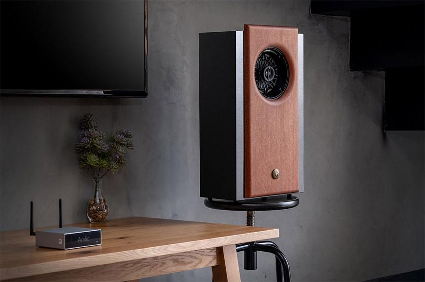 Tombo Audio R1 - coaxial speakers from Thailand