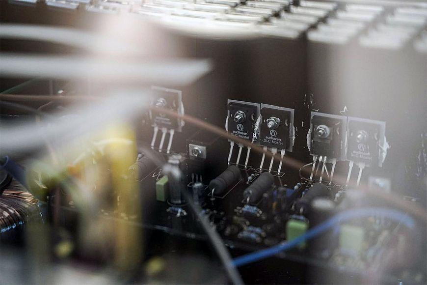 Audiozen P-Stone - Si-C MOSFET Power Amplifier